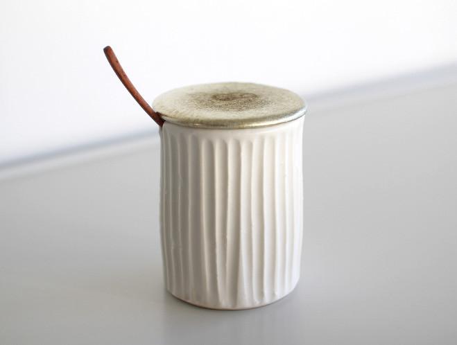 porcelainpot1_1024x1024
